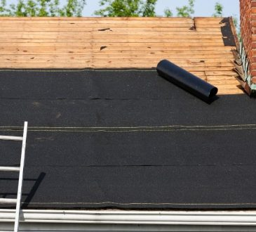 Asphalt Shingles Compared To Metal, Which Is The Best for Your Downriver Michigan Home?